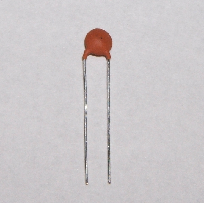 1pf Ceramic Disc Capacitor 2 5mm Pitch Pack Of 10